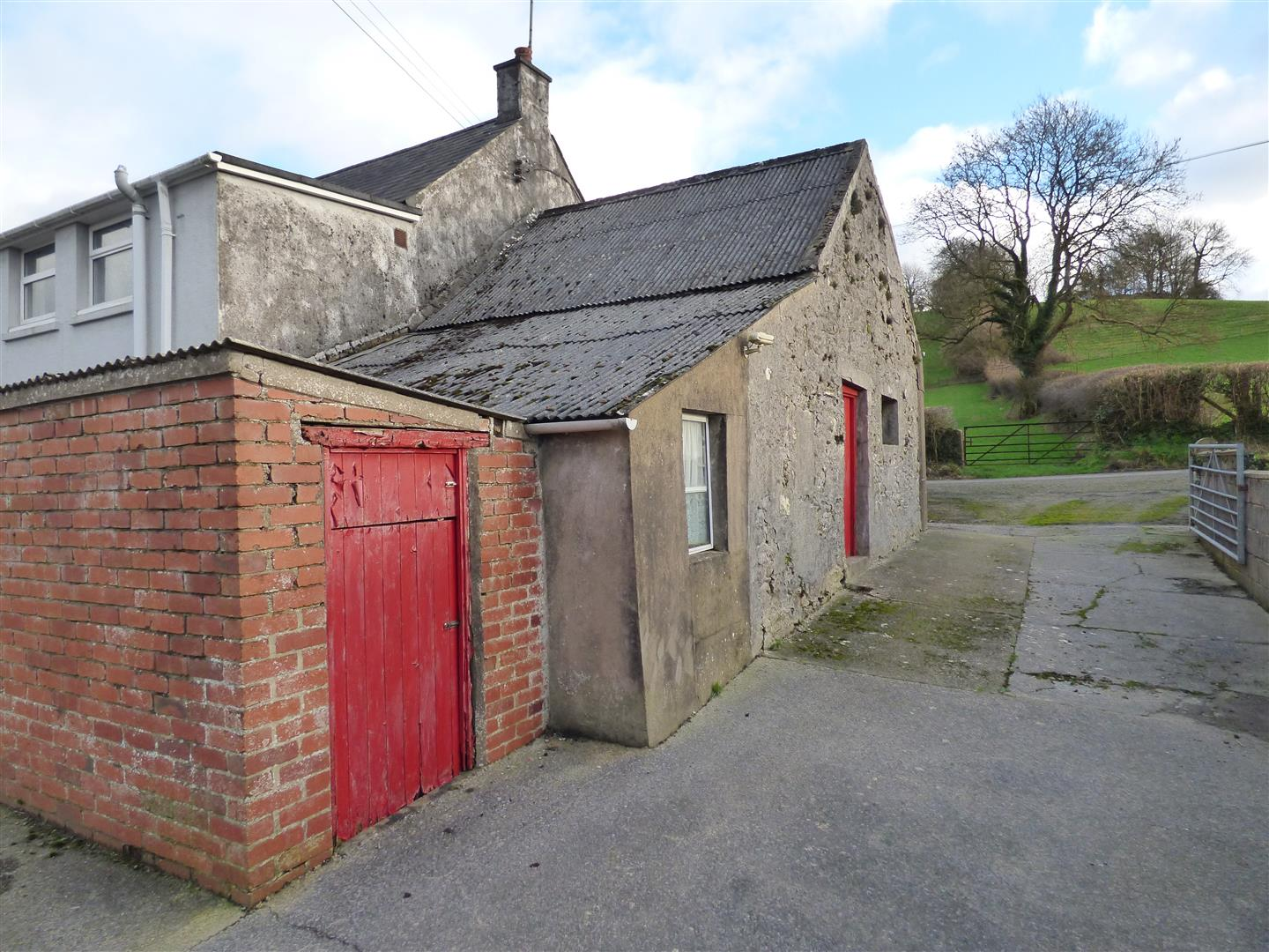 FORMER COWSHED